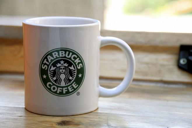Starbucks - marca global [Foto de Rudolf Schuba]