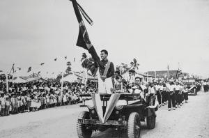 A recepção ao grande nadador Tetsuo Okamoto depois que ele ganhou a medalha de bronze nos Jogos Olímpicos de Helsinque em 1952.