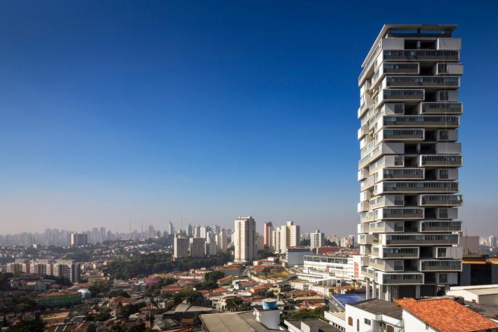 Edifício 360º de Isay Weinfeld em São Paulo.