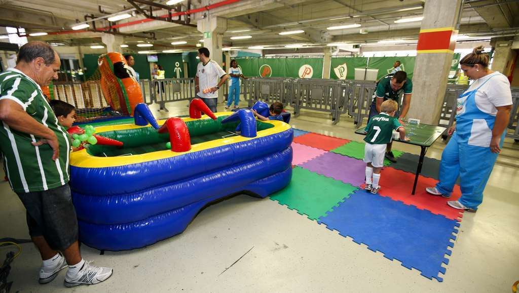 O setor Família Palmeiras que funciona no Alliaz Parque em dias de jogos.